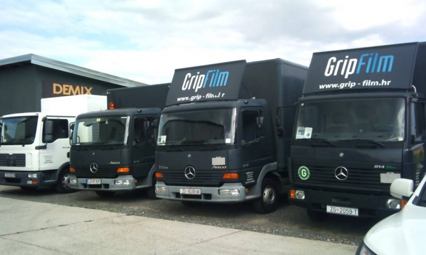 4-trucks